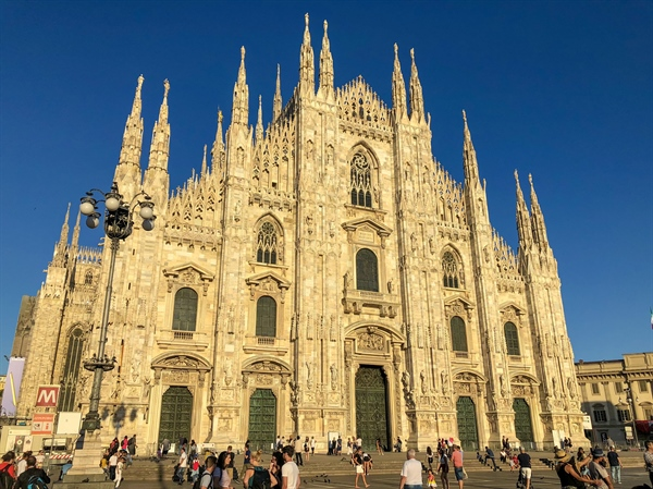 5 Romantic Things to Do in Milan